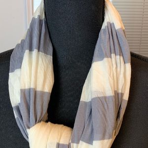 🧣Banana Republic Scarf - One Size🧣